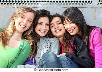 gemengde race, groep, van, het glimlachen, meiden