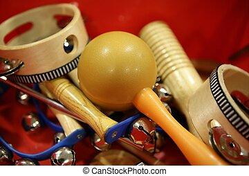 gemischter, instrumente, spielzeug, rotes , schlagzeug