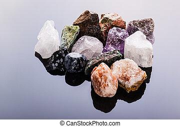 gemme, semi-precious, mucchio