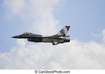 General Dynamics F16