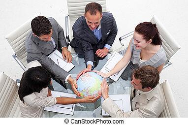 gens, affaires mondiales, tenue, haut angle