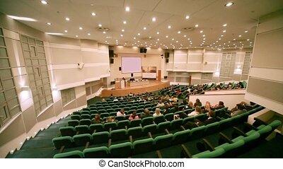 gens, assied, dans, couloir conférence, pendant,...