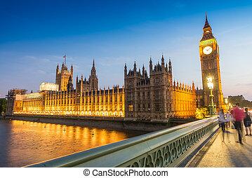 gens, brouillé, westminster, en mouvement, nuit, pont londres
