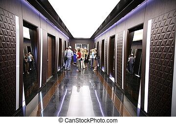 gens dans, couloir