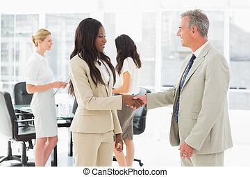gens, mains, business, secousse, réunion