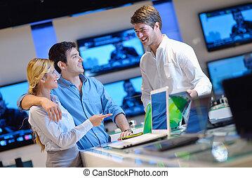 gente, comprar, en, electrónica de consumo, tienda