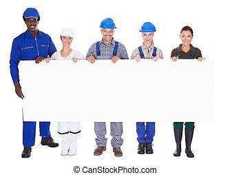 gente, con, diverso, profesiones, tenencia, cartel
