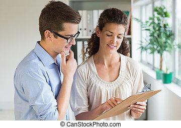 gente, encima, empresa / negocio, portapapeles, el comunicarse