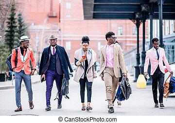 gente, hurring, joven, su, tren, atractivo, africano, coger