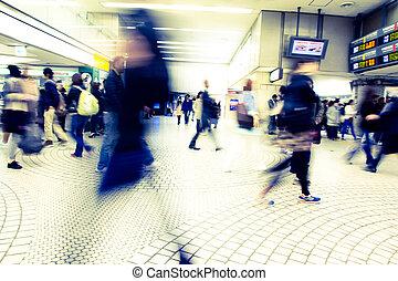 gente, shinagawa, estación, apuro