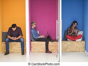 gente, trabajando, empresa / negocio, espacio, creativo, ...