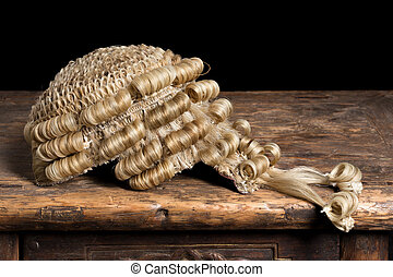 Genuine barrister's wig - Genuine horsehair barrister's wig...