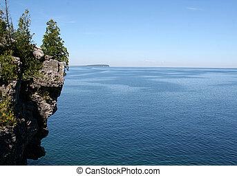 Georgian Bay Cliff