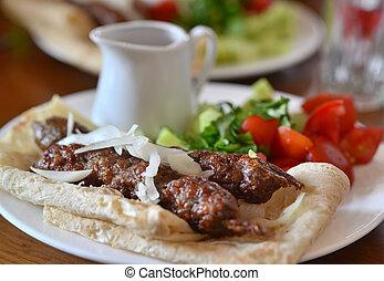 georgian, cozinha, -, kebab, em, pita, bread.