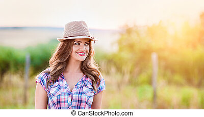 geprüften hemd, natur, sonnig, grüner hut, gärtner