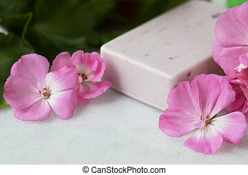 Geranium Flower Soap - Pink bar of soap with bright pink ...