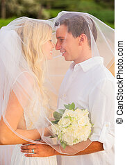 gerecht, paar, verheiratet, tropische , küssende , sandstrand