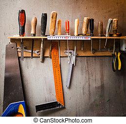 gereedschap, assortiment, het hangen van de muur