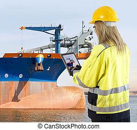 gerente, dredging, inspeccionando, navio, garantia qualidade