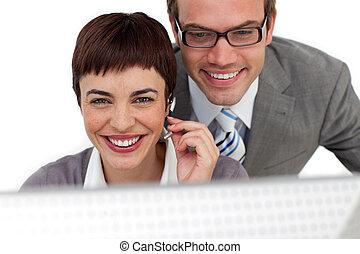 gerente, self-assured, employee's, seu, verificar, trabalho