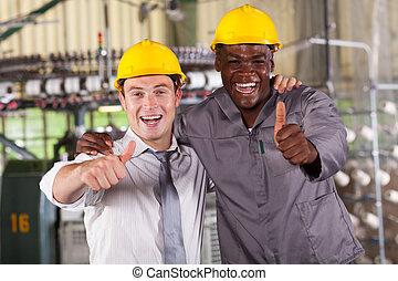gerente, trabalhador, cima, polegares, fábrica