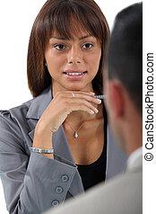 geschäftsfrau, arbeit, interviewen, bewerber