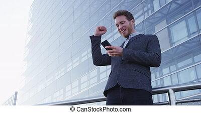geschäftsmann, geschaeftswelt, erfolg, -, zelle, glücklich, telefon, leistung, hurrarufen