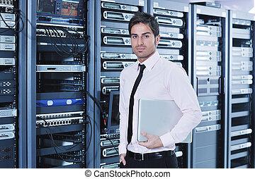 geschäftsmann, mit, laptop, in, netz- bediener, zimmer