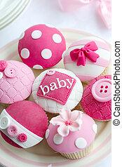 geschenkparty, cupcakes