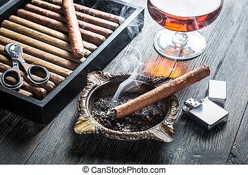 geschmack, kognak, zigarre, rauchen