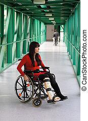 gesso, mulher, cadeira rodas, perna