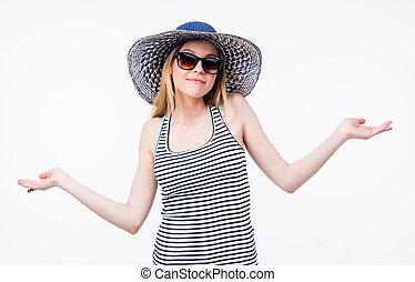 gesticulation, femme, lunettes soleil, heureux, chapeau
