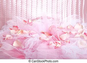 gestrickt, stoff, und, rosenblütenblätter