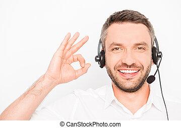 """gesturing, mann, glücklich, head-phones, lächeln, """"ok"""""""