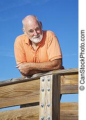 gesunde, attraktive, älterer mann
