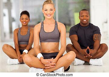 gesunde frau, entspannend, nach, übung
