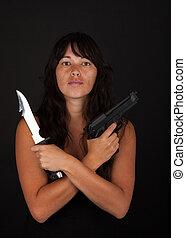 gevaarlijk, vrouw, geweer, vasthouden, mes