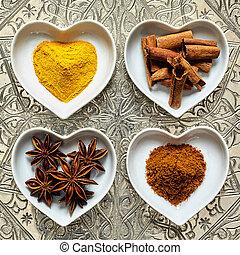 gewürze, herzchenschalen, indische