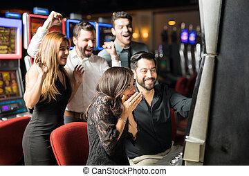 gewinnen, frau, aufgeregt, kasino