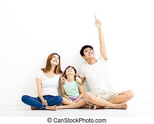 gezin, benadrukkend, nakomeling kijkend, vrolijke