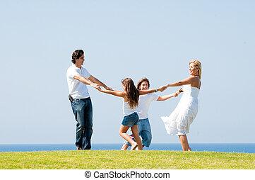 gezin, buitenshuis, plezier, het glimlachen, hebben, vrolijke