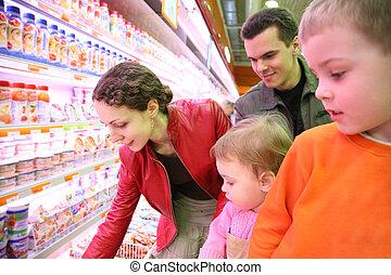 gezin, in, voedingsmiddelen, winkel