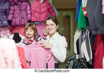 gezin, op, klerenopslag