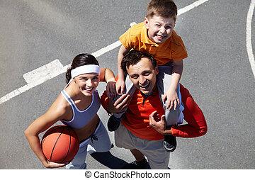 gezin, op, speelplaats