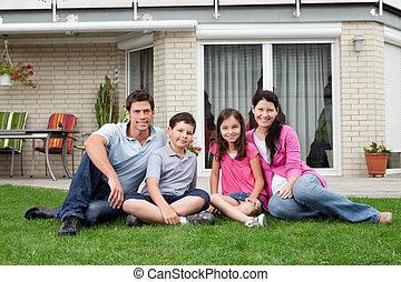 gezin, relaxen, nieuw, achterplaats, thuis, vrolijke