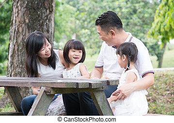 gezin, space., aziaat, buitenshuis, tafel, lege