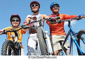 gezin, van, fietsers