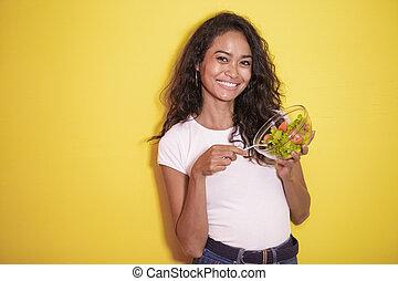 gezonde , aziatische vrouw, eten, een, kom van de slaatje