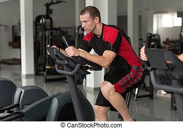 gezonde , gym, man, fiets, fitness