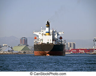 Giant Oil Tanker in Long Beach California - Giant oil tanker...